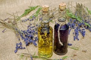 Gesunde Öle wie MCT-Öl können ein wichtiger Beitrag in der Ernährung sein, die sich positiv auf die Gesundheit auswirken